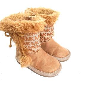 Michael Kors MK Lil Lettie Girls Tan Logo Boots 7